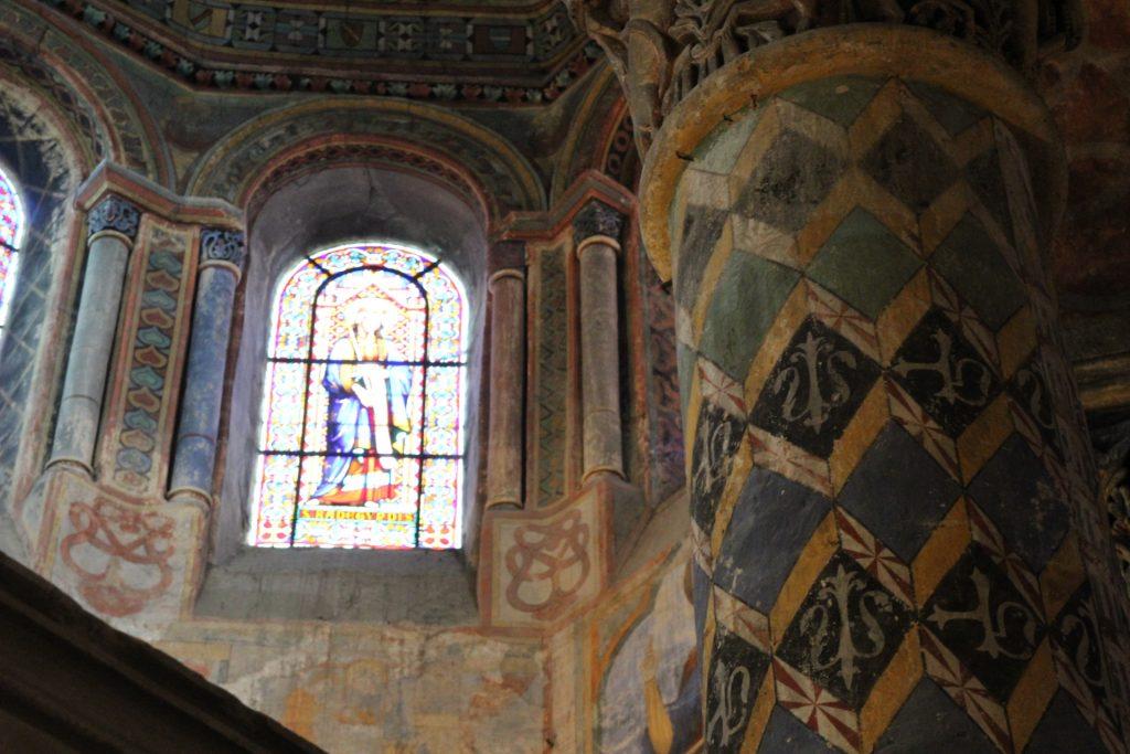 detalle iglesia Santa Radegunda