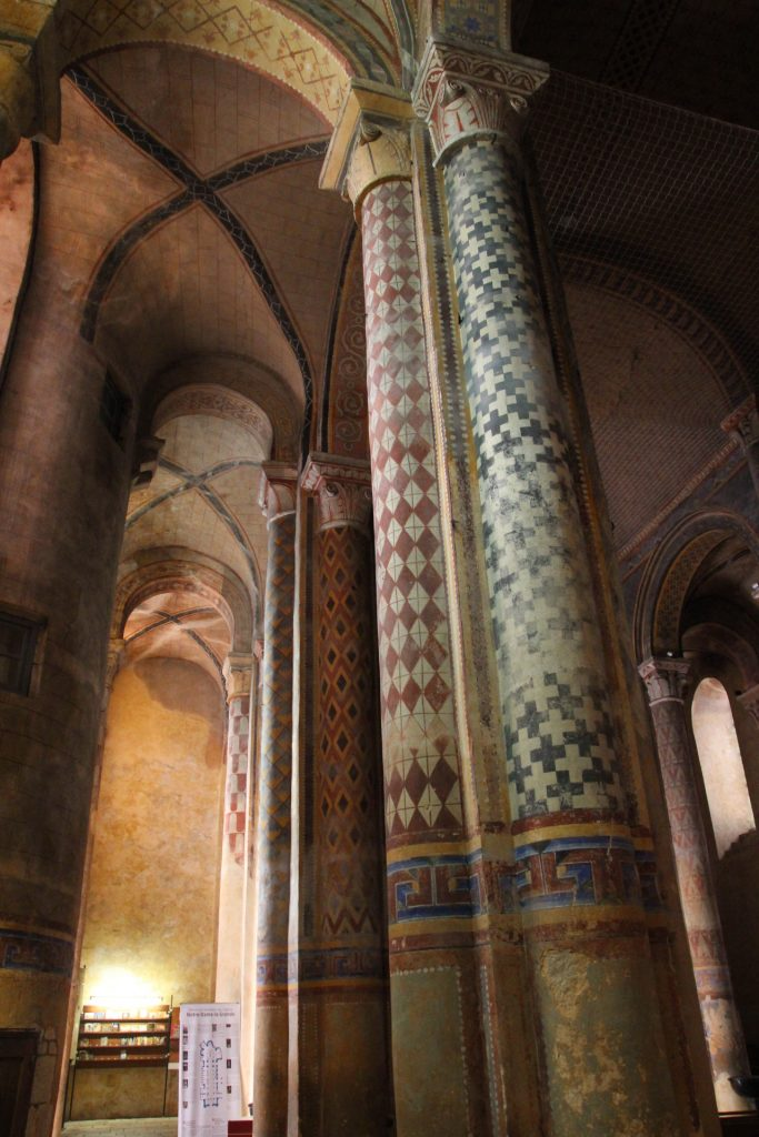 Iglesia notre dam de Poitiers