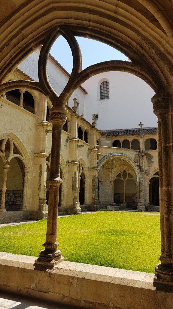 Claustro del silencio, Coimbra